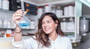nº 21 Mujer con ciencia 2